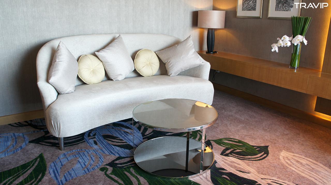 Phòng khách trong Executive Suite