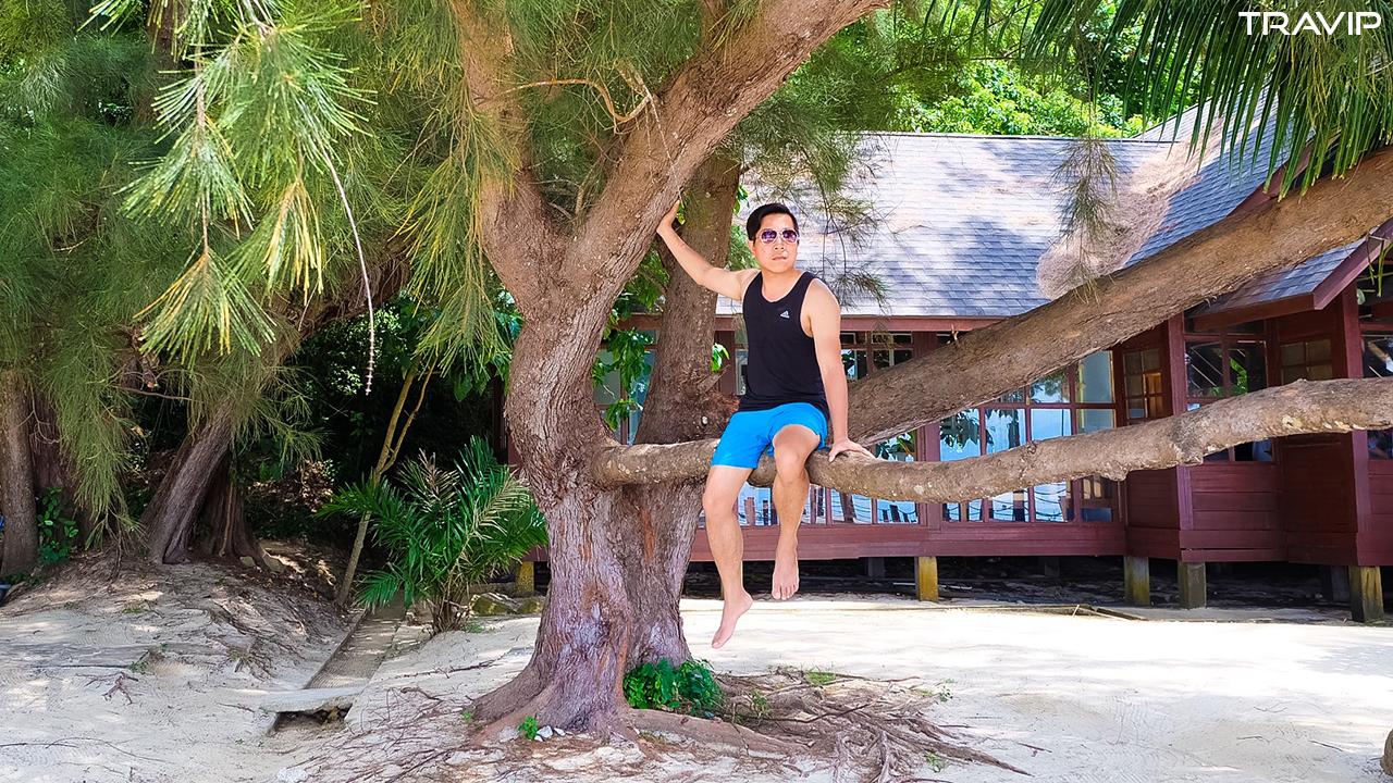 Đảo Manukan với bãi biển tuyệt đẹp.