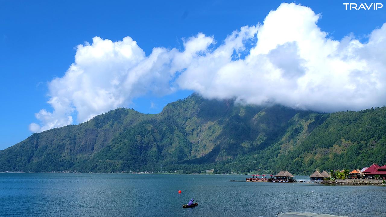 Hồ Batur.