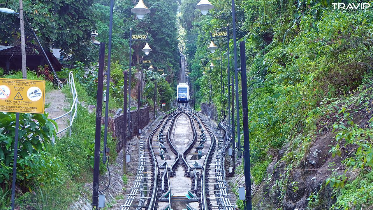Đường tàu lên đồi Penang.